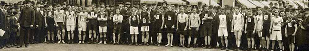 1910 Race Starting Line